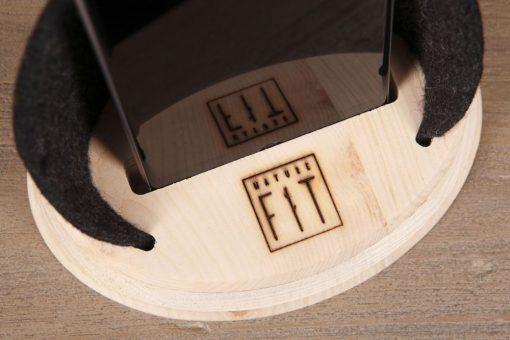 Handyhalter aus Zirbenholz